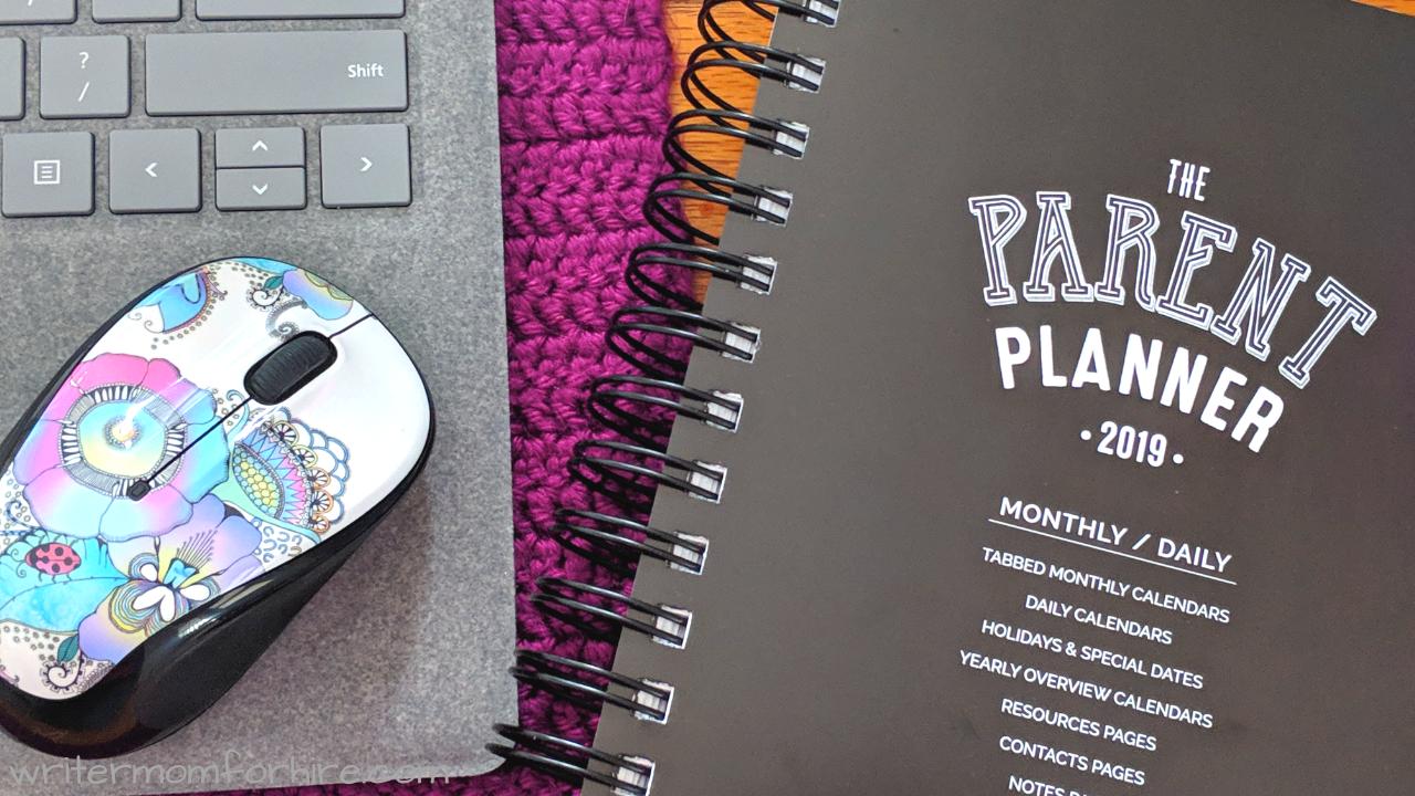 featured photo paper planner or digital calendar?