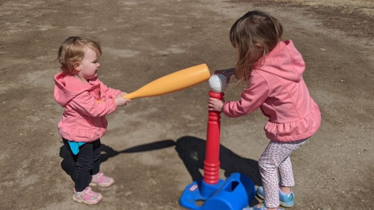 Outdoor Activities for the Family to Enjoy at Home This Summer