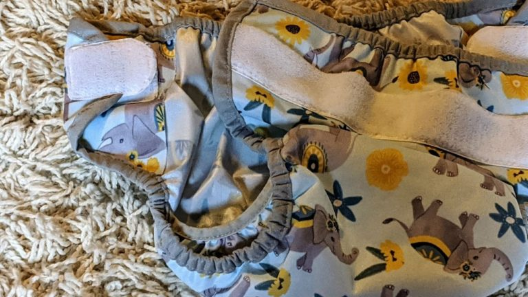 How to Choose the Best Diaper Covers for Babies + Toddlers