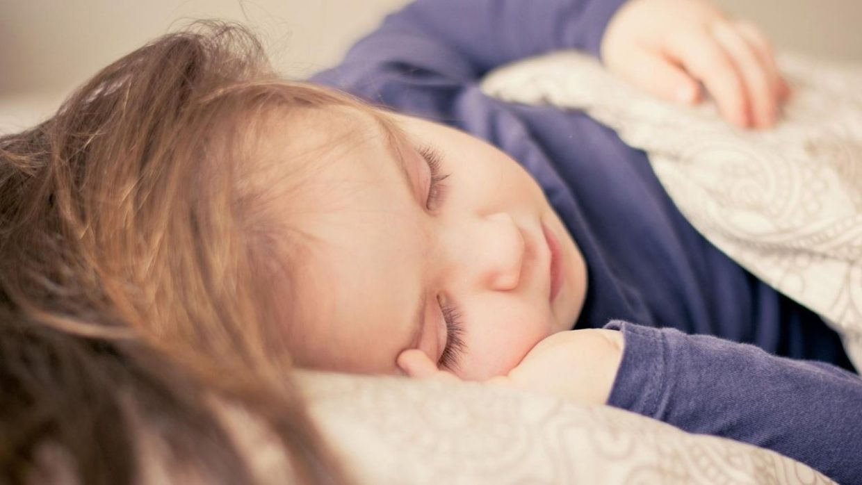 sleeping toddler who's potty training at night