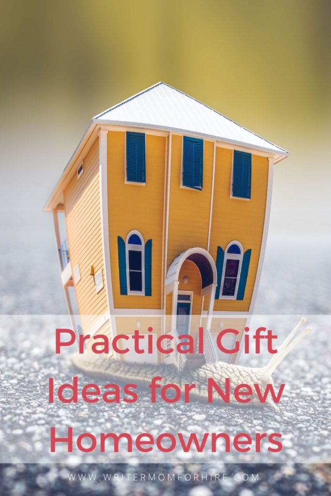 pin this graphic to share these ideas for gift ideas for new homeowners